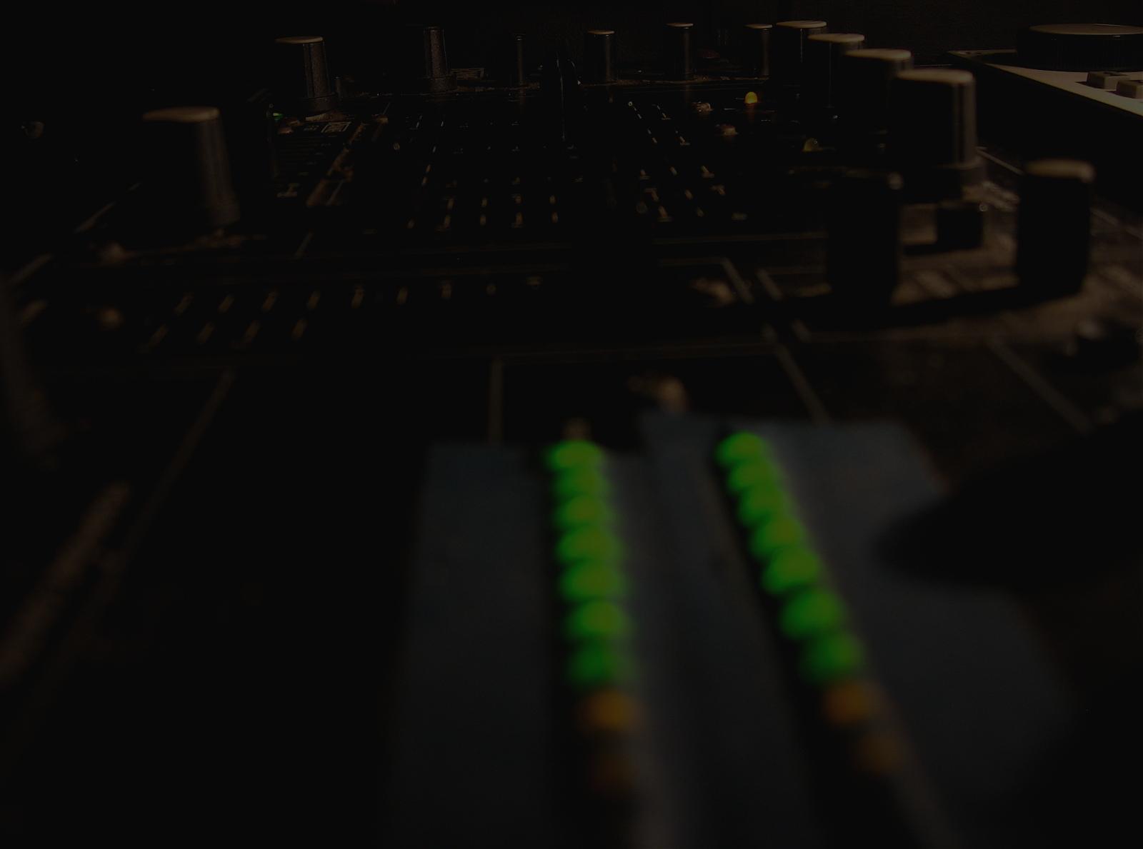 dark_studio2