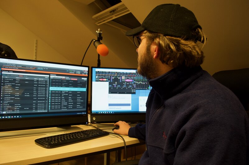 How to start a community radio station